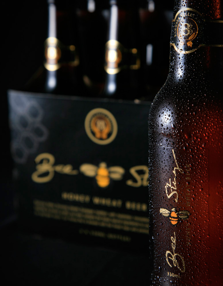 Biene für Beesting Honeywheat Beer